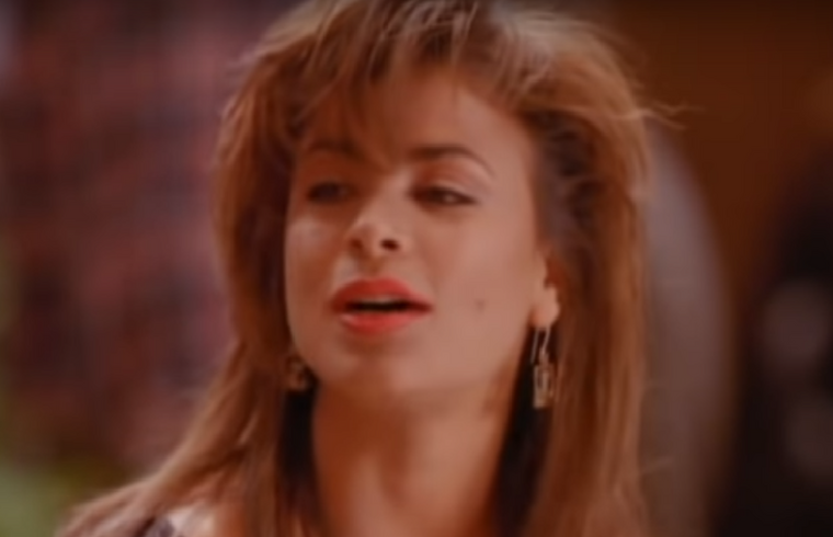 Paula Abdul a klip forgatásakor még csak 27 éves volt,...