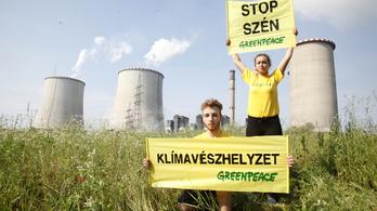A mátrai szénerőmű bezárását követeli a Greenpeace