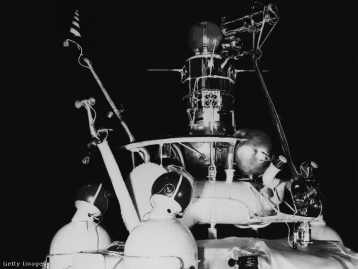 A Luna–16 nevű holdra szálló robot az 1970-es években