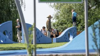 Duna-parti sportparkot adott át Tarlós