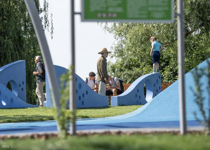 A DunaFok elnevezésű szabadidő- és sportpark az ünnepélyes átadása napján a főváros XXII. kerületében, a Hajó utcában 2019. június 21-én