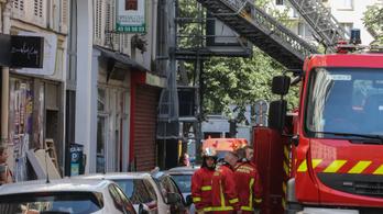 Kigyulladt egy társasház Párizsban, hárman meghaltak