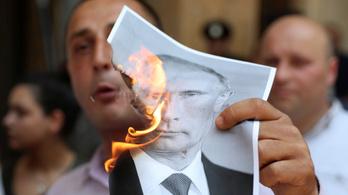 Putyin a turizmus leállításával válaszol Grúziának