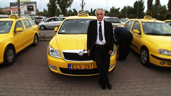 Itt fogok meghalni a taximban