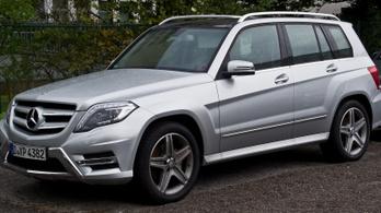 Hatvanezer GLK-t hív vissza a Daimler