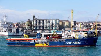 Salvini még ideiglenesen sem hajlandó fogadni egy menekültekkel teli hajót