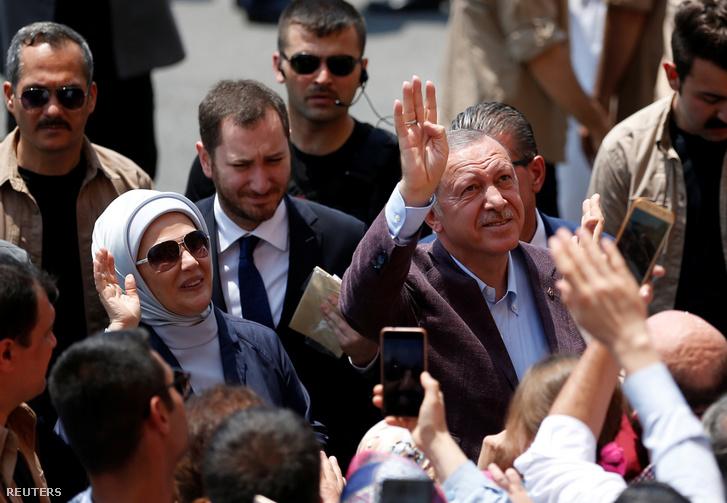 Recep Tayyip Erdoğan és felesége 2019. június 23-án.