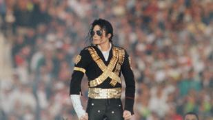 10 kép a ma 10 éve meghalt Michael Jacksonról