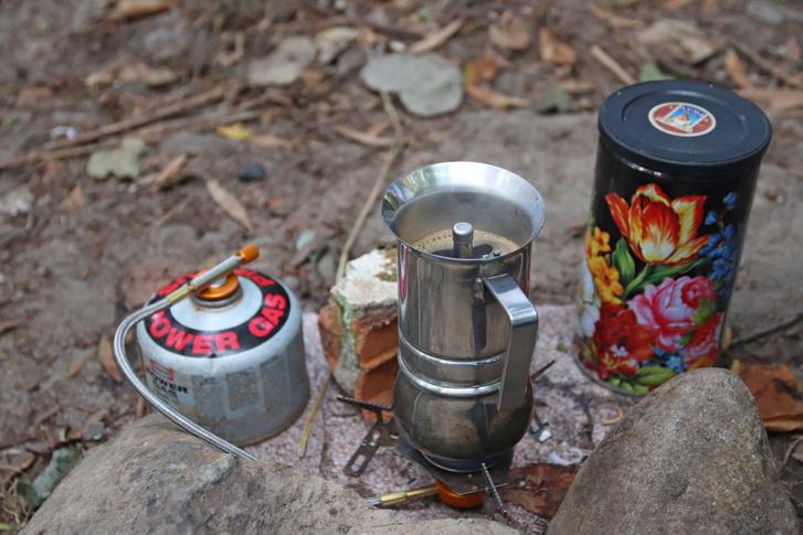 Aki igazán hardcore környezettudatos, az kávézó helyett utazás közben is hódolhat hulladékmentesen a kávészenvedélyének