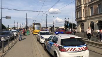 Baleset miatt nem járt a 4-6-os villamos a Széll Kálmán tér és a Jászai Mari tér között