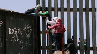 Mexikó 15 ezer rendőrt és katonát küldött az amerikai határra