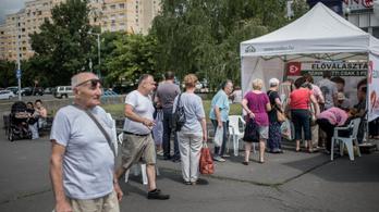 Annyian mennek szavazni, hogy már kedden érvényes lehet az ellenzéki előválasztás Budapesten