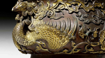 1,4 milliárd forintos antik kínai tálban tartottak teniszlabdákat