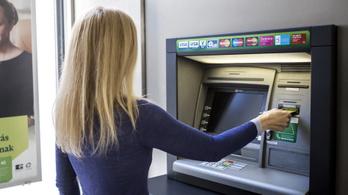 Megszavazta az Országgyűlés: októberig kell adatokat egyeztetni a bankokkal