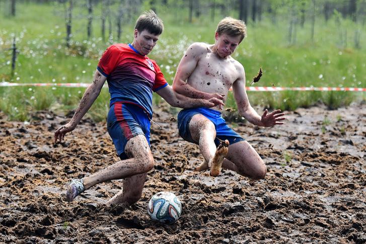 Sárfoci kupát rendeztek a hétvégén Szentpétervár mellett, ahol a résztvevők 13 perces meccseken mérhették össze tudásukat