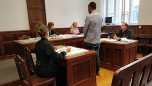 Beismerés után két év felfüggesztettet kapott a volt fideszes önkormányzati képviselő
