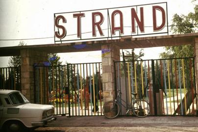 strand-felirat-1976