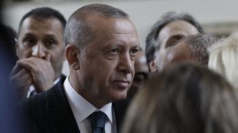 Erdoğan: Megvizsgáljuk, miért nem tudtuk megértetni magunkat az emberekkel
