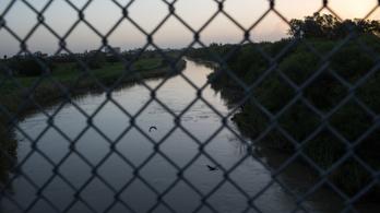 Vízbe fulladt apa és lánya, ezzel a sokkoló fotóval mutatnak rá a migrációs válságra