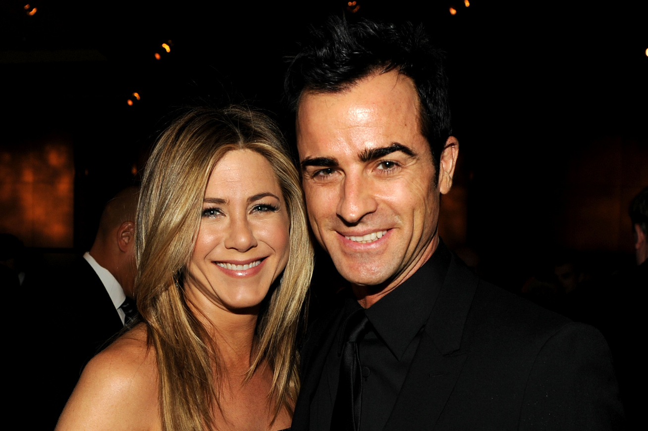 jennifer-aniston-justin-theroux-hazassaga-valojaban-cover