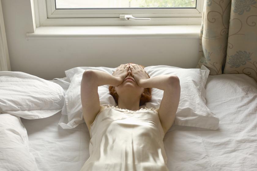 A depresszió látható tünetei: alvászavar és testsúlyváltozás is jelezheti
