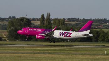 Egy napot vesztegeltek Londonban a Wizz Air budapesti járatának utasai