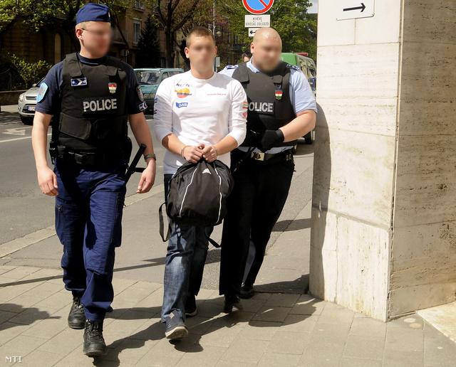 Bilincsben az egyik elkövető Sopronban