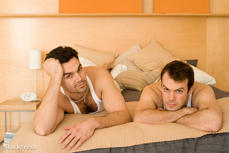 stockfresh 1384090 portrait-of-a-homosexual-couple sizeM