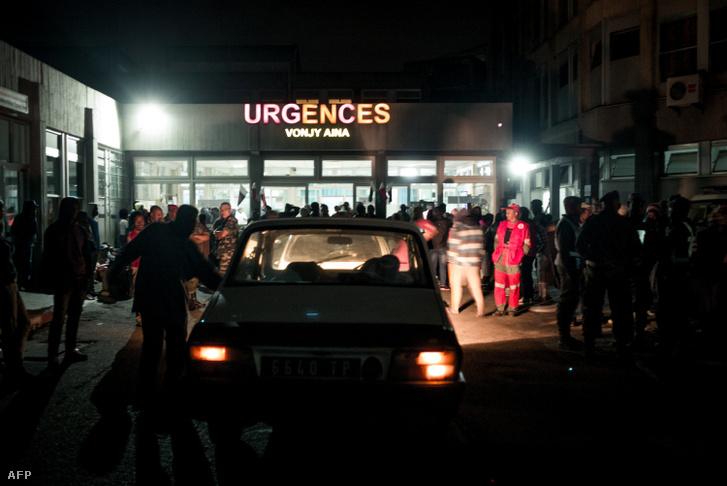 A sérülteket és elhunytakat a balesetet követően Antananarivo város kórházának sürgősségi ellátó központjába szállították.