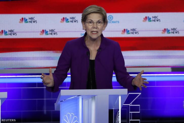 Elizabeth Warren beszél a tévévitán 2019. június 26-án