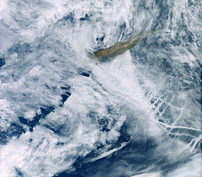 A Raikoke kitörése az ESA Copernicus Sentine-1 műholdja fotóján