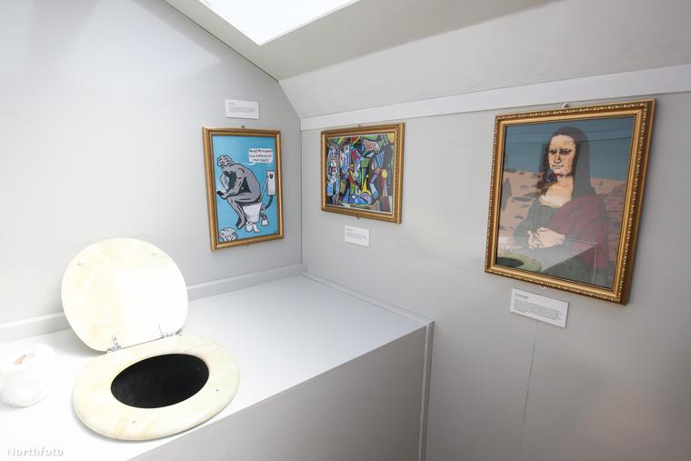 A galériában van kicsit meggyötört Mona Lisa, vécén filozofáló Dávid szobor és egyéb extrák is.