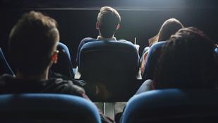 Szinkronnal vagy eredeti nyelven jobbak a filmek? Szavazz!