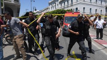 Robbantások Tuniszban: legalább ketten meghaltak