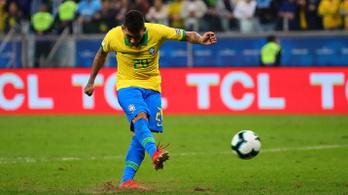 Firmino kihagyott büntetője is belefért, Brazília elődöntős