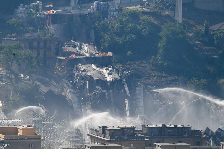 Morandi-híd maradványai a felrobbantás után 2019. június 28-án