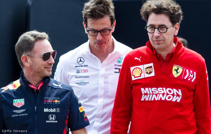 Chris Horner Red Bull-, Toto Wolff Mercedes- és Mattia Binotto Ferrari-főnök