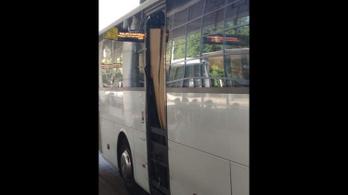 Veszélyes Volán-busz indult ma Pestről Bajára