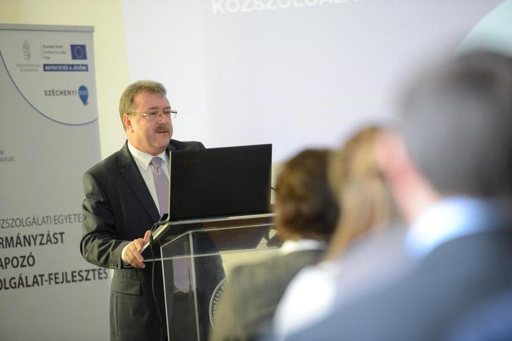Dr. Kiss Attila, a Bevándorlási és Menekültügyi Hivatal általános főigazgató-helyettese