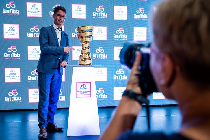 2019.06.27. Cser-Palkovics András a 2020-as Giro d'Italia útvonalbejelentő sajtótájékoztatóján.