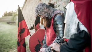 Templomosok: sötét titkok őrzői vagy a hit jámbor védelmezői?