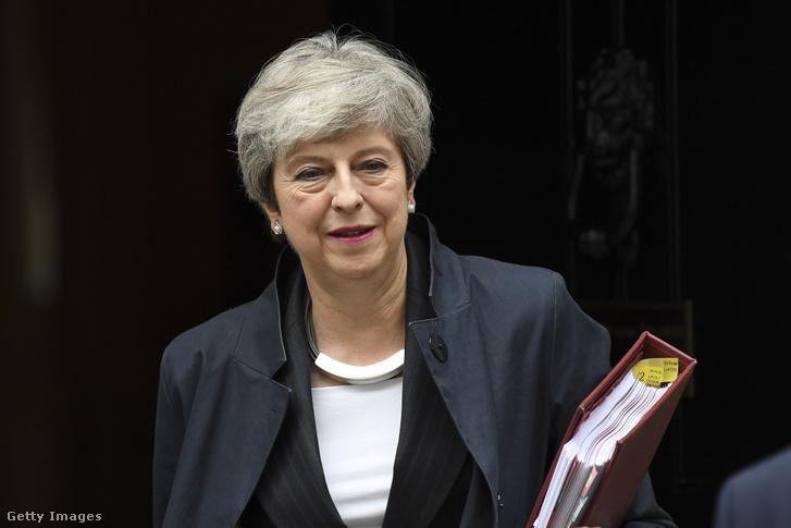 Theresa May 2019. június 26-án.