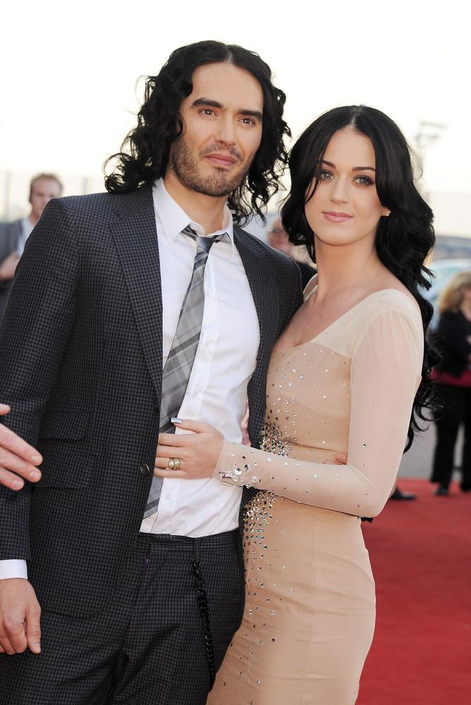 Bezzeg mikor még Katy Perryvel kavart a 2010-es évek elején (na, jó, erről többről van azért szó, 2 évig házasok is voltak), sokkal jobban ügyelt a külsejére!