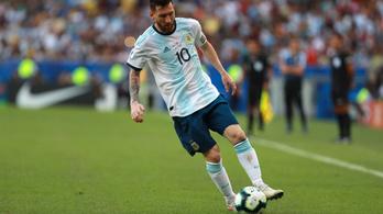 Messi: Mint egy nyúl, úgy pattognak a labdák