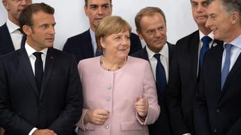 Merkel: Jól vagyok