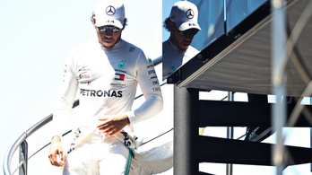 Hamiltont 3 rajthelyre büntették, de csak 2-t kell letöltenie