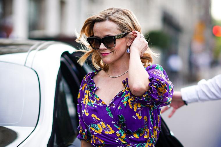 Reese Witherspoon ellenben már sokkal boldogabban érkezett