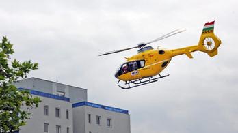 Megrázott az áram egy kisgyereket egy palkonyai vendégházban, mentőhelikopter vitte kórházba