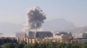 Rengetegen meghaltak egy pokolgépes merényletben Kabulban