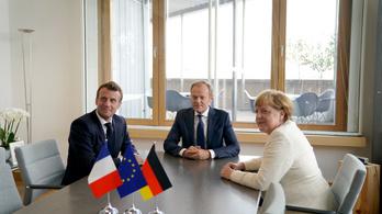 EU-csúcs: Tusk szűk körben tárgyal Merkellel, Macronnal, Rutte és Sánchez miniszterelnökökkel
